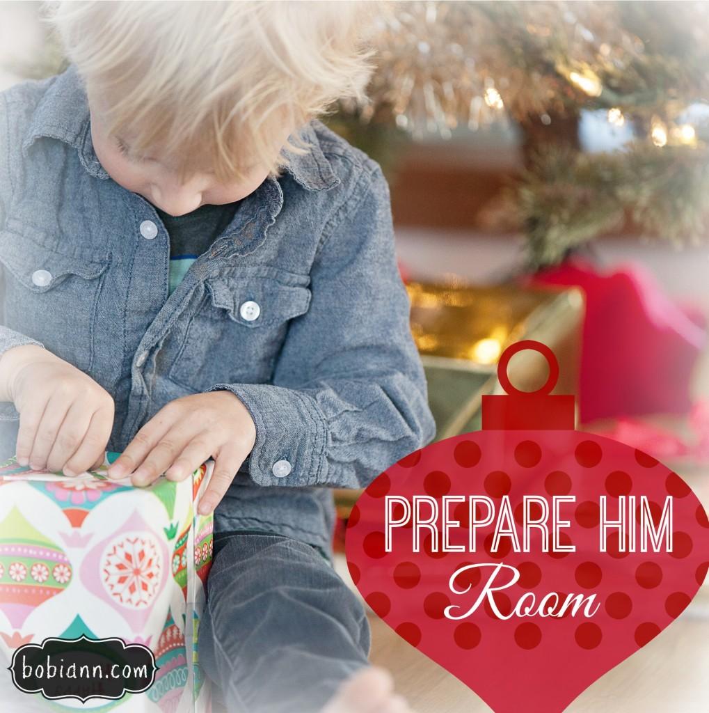 boy opening christmas gift1