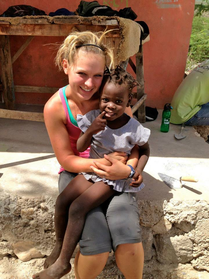 content_kaleigh_in_haiti_with_little_girl